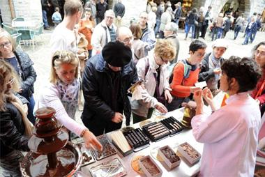 Dégustations lors des journées du chocolat de Bayonne
