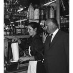 Alfred Hitchcock à la pâtisserie, chocolaterie Barrère