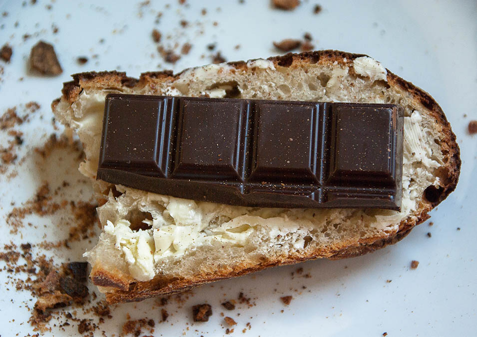 Tartine de pain et chocolat de Bayonne