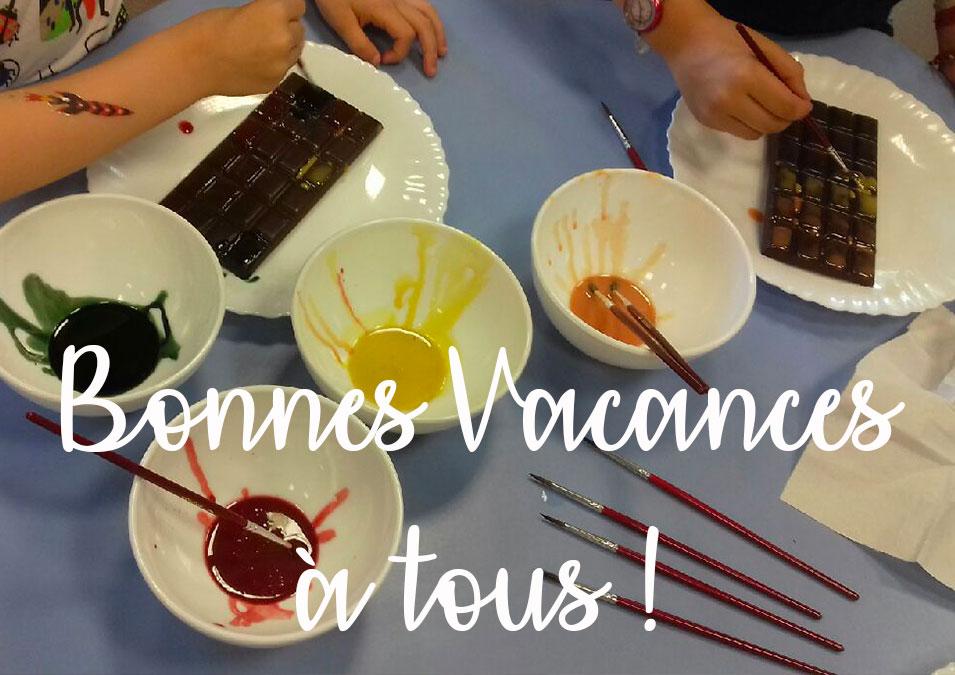 peinture sur tablette de chocolat pour les écoliers bayonnais
